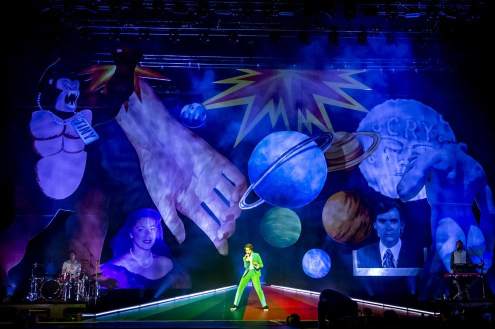 Stall Obsolescence at MIKA's 'Revelation' Tour