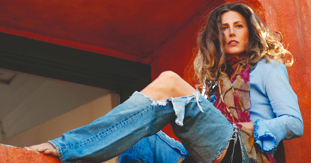 Drown Out the Screaming with Sophie B. Hawkins Live from Quarantine